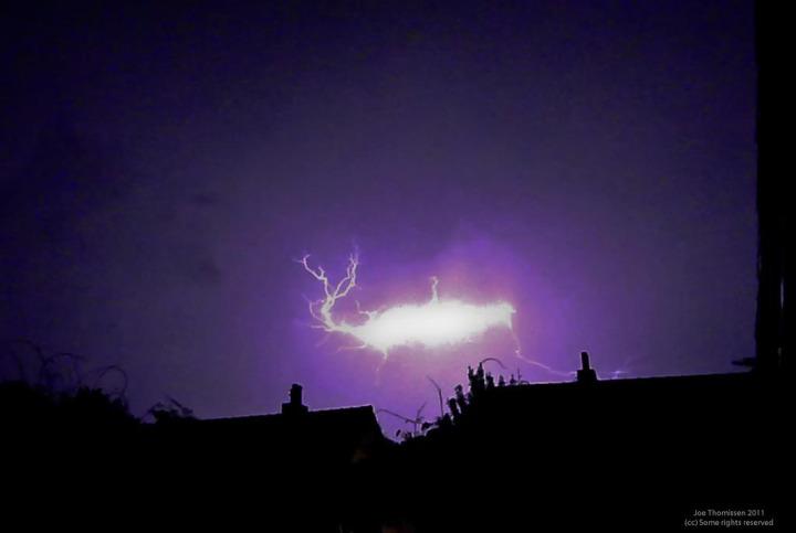 22b. ball lightning