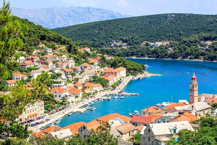 14. Pucisca, Croatia1