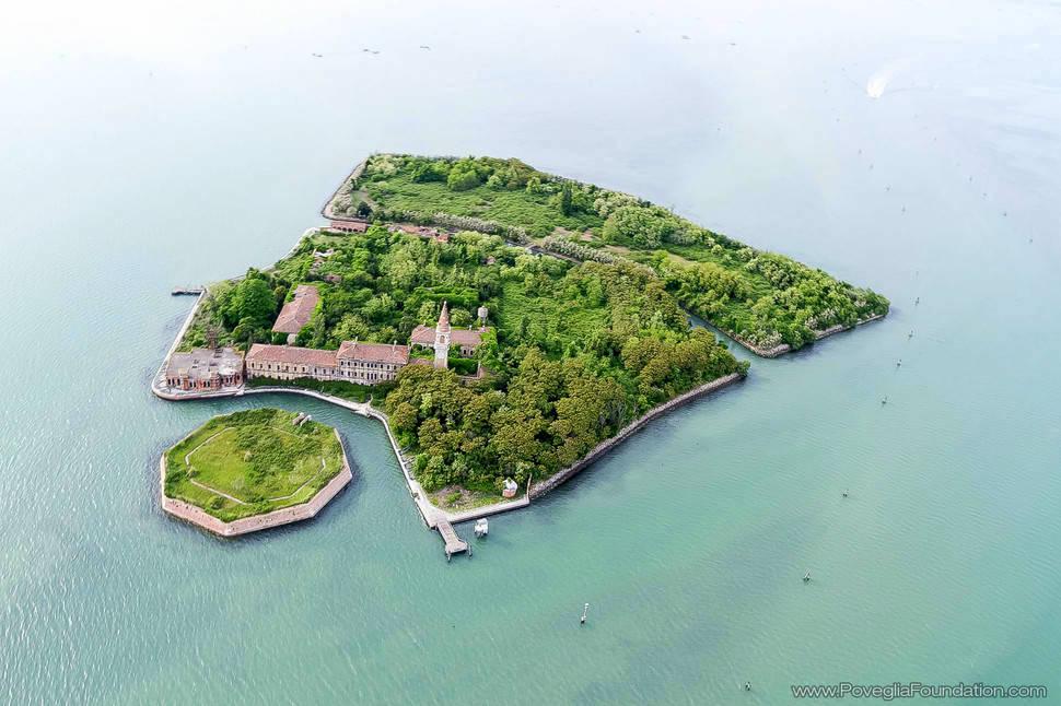6. Poveglia Island, Italy