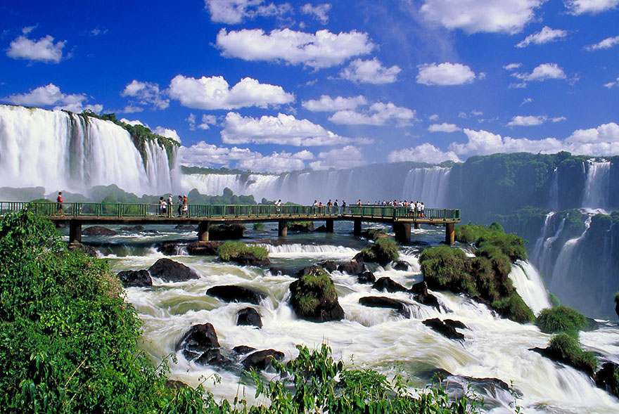13-iguazu-falls-argentinabrazil